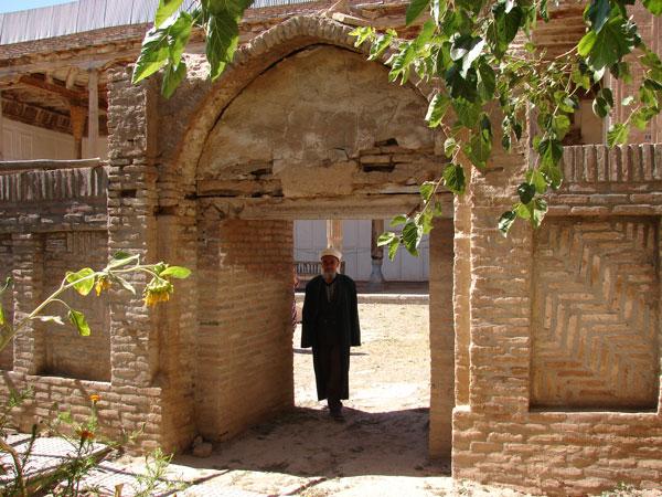 Вход в мечеть [Долгий В.]