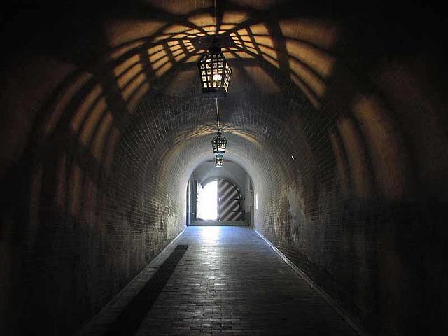 крепость-тюрьма=Косой Капонир=, потерна, XIX век