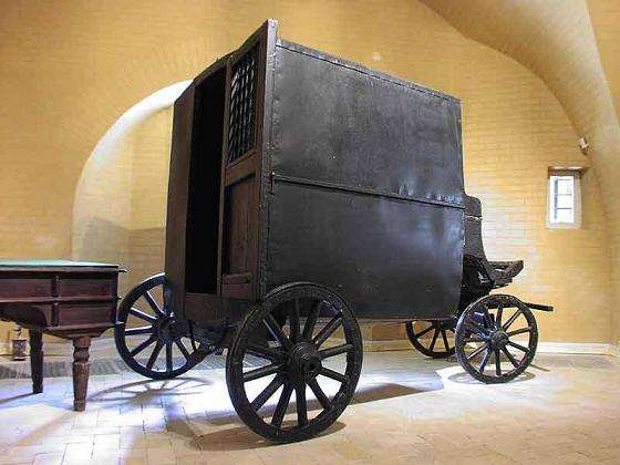 крепость-тюрьма=Косой Капонир=, тюремная карета, XIX век