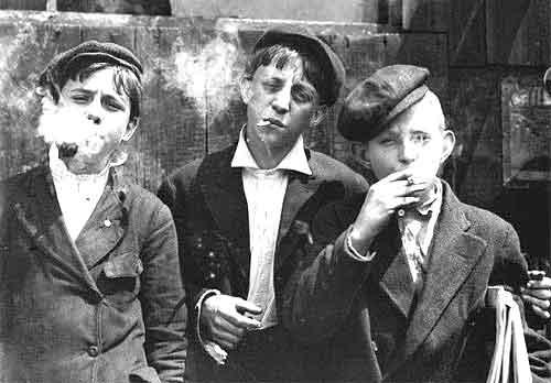 Старухи сосут у мальчиков фото 749-705