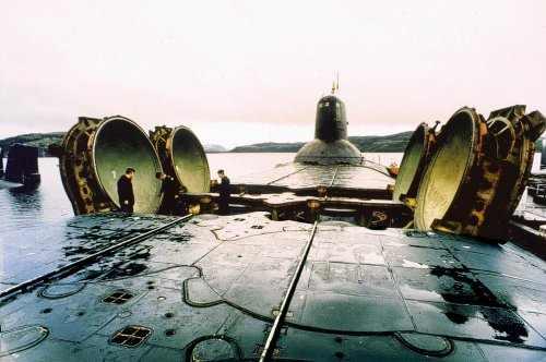 что торчит из подводной лодки